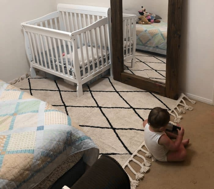 Small nursery organization - washable rug